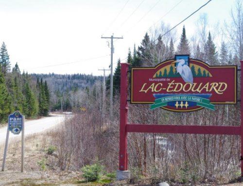 Une application mobile qui décrit Lac-Édouard
